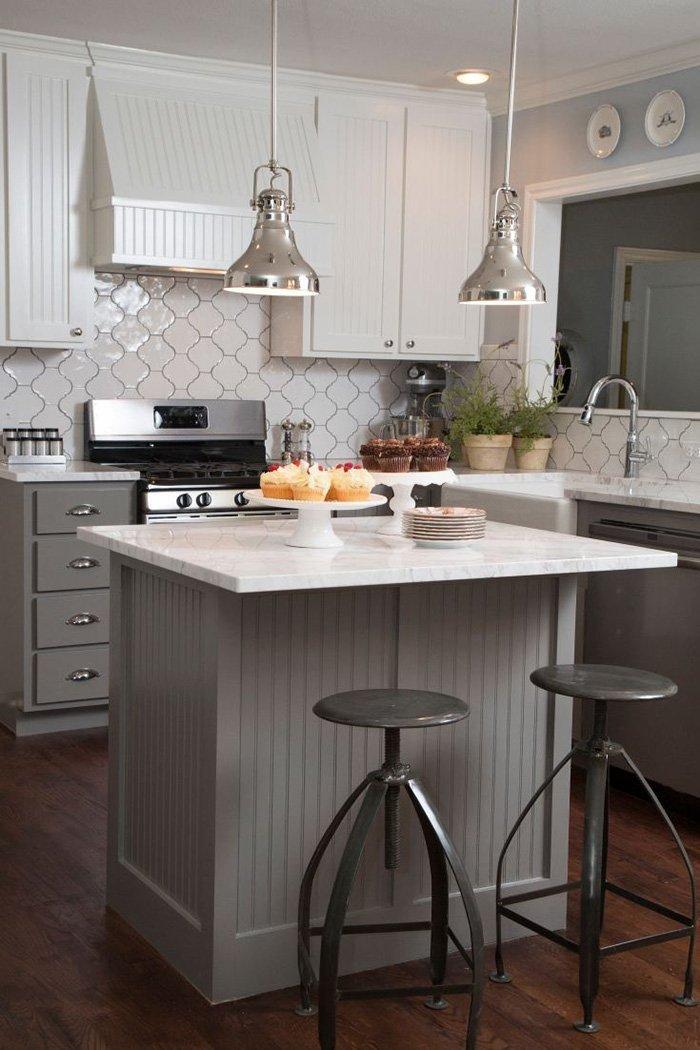 Mẫu không gian bếp đẹp hiện đại nhỏ 02