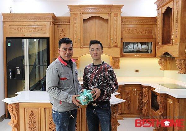 Tủ bếp gỗ tự nhiên – Hoàn thiện thiết bị công trình nhà anh Đạt – La Phù thumbnail