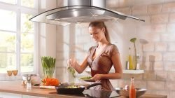 Giải pháp loại bỏ mùi thức ăn với máy hút khói nhà bếp thumbnail