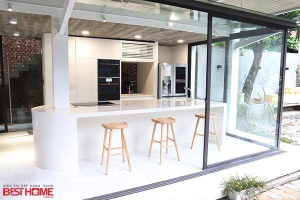 Tủ bếp gỗ Acrylic – Hoàn thiện dự án không gian bếp nhà anh Thảo Thái Nguyên thumbnail