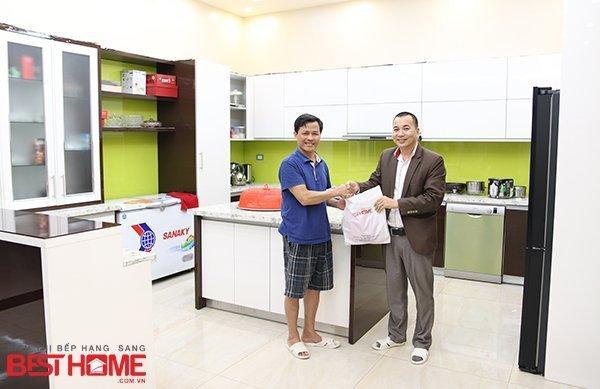Tủ bếp gỗ Acrylic – Tri ân khách hàng và bảo trì công trình tủ bếp nhà anh Khánh – Phú Thọ thumbnail