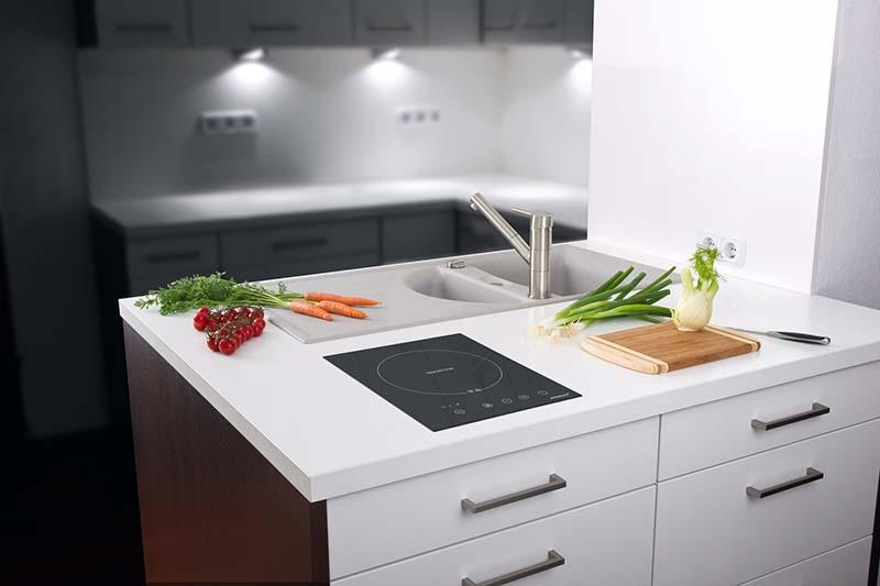 Bếp từ đơn phù hợp với cá nhân hoặc gia đình 2 thành viên