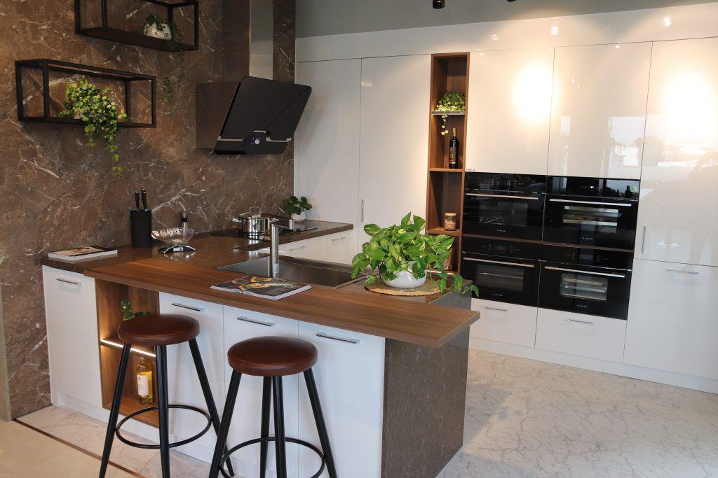 40 thiết kế không gian bếp đẹp 2021