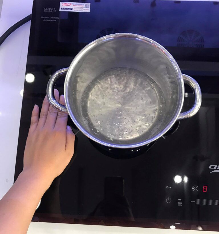 danh-gia-chi-tiet-mat-kinh-bep-tu-chefs-eh-dih366-1