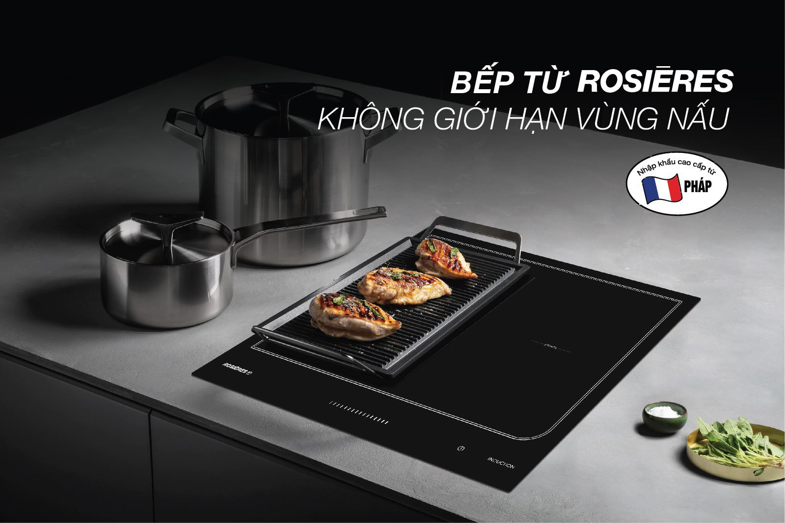 Bếp từ không giới hạn vùng nấu ROSIERES RES6D 2 – 4 vùng nấu với diện tích linh hoạt Mặt bếp bằng gốm kính cao cấp Euro – Kera của Pháp Bảng điều khiển cảm ứng thông minh, dạng Slide Touch Màn hình hiển thị điện tử với 15 cấp độ nấu Chức năng Booster, hẹn giờ, nhận diện nồi, nấu tiết kiệm điện, giữ ấm, khóa an toàn trẻ nhỏ, cảnh báo nhiệt dư Kích thước mặt bếp: 590 x 520mm Kích thước khoét lỗ đá: 560 x 490mm Kích thước lò nấu – công suất: 40 x 22cm -1800W( booster 3000W), 20x22cm – 1800W( booster 3000W) Điện: 7200W Nguồn điện: 220 – 240V Xuất xứ: Pháp